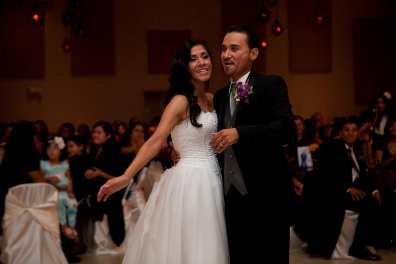 2011-11-11-Servante-Wedding-369.JPG