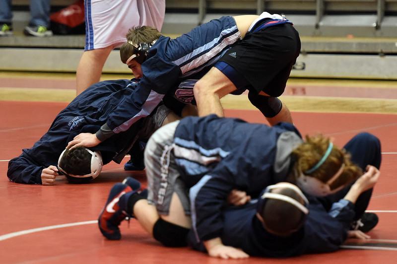 wrestling_9946.jpg