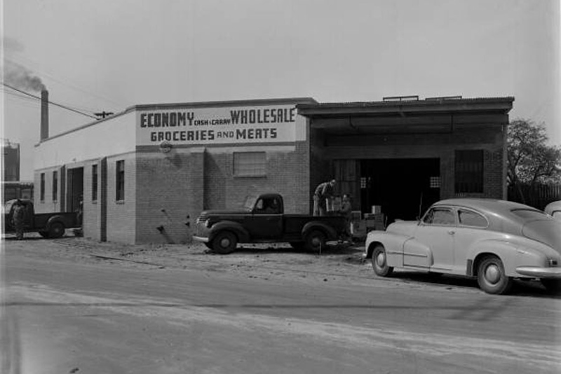 RF00670 - Lovetts Warehouse - 1947.jpg