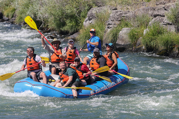 River Drifters on Deschutes