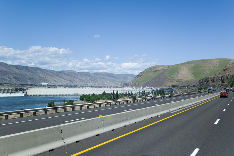 Columbia River Dam/Lock