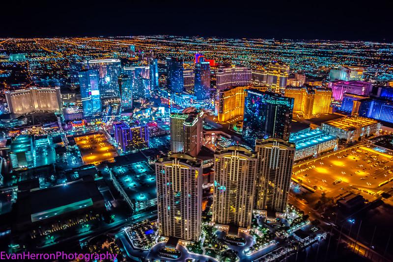 Vegas night lights 1.jpg