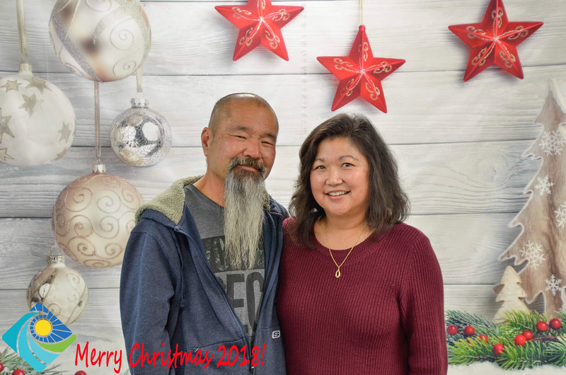 Christmas Photobooth 2018-048_01.jpg