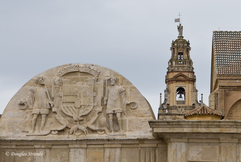 Thur 3/10 in Cordoba: The Tower of Alminar at the Mezquita, seen from the Roman Bridge