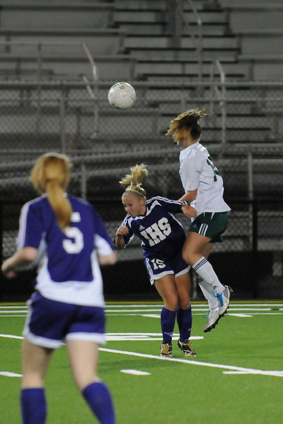 Issaquah vs Woodinville Game 5 Kingco League Play L (Issa:1 - Wood:0) Woodinville High Girls Varsity Soccer 2010  ©Neir