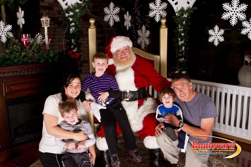 Santa Dec 15-35.jpg