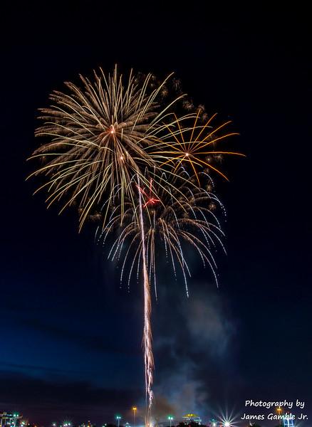 Fourth-of-July-Fireworks-2016-0374.jpg