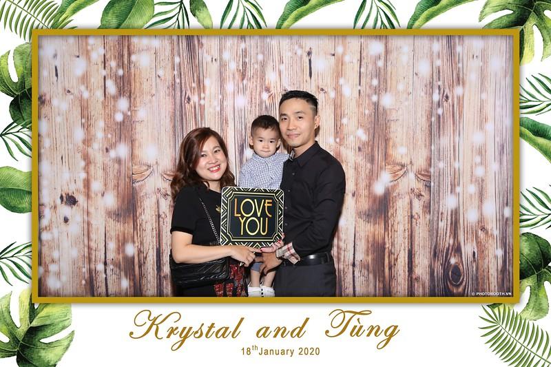 Krystal-Tung-wedding-instant-print-photo-booth-in-Ho-Chi-Minh-City-Chup-hinh-lay-lien-Tiec-cuoi-WefieBox-Photobooth-Vietnam-041.jpg