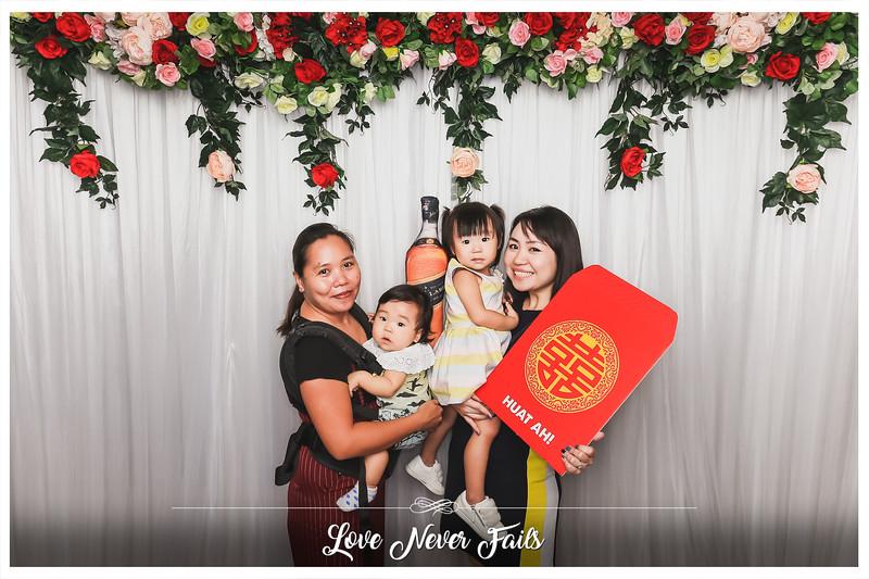 Wedding of Sunny & Fiona   © www.SRSLYPhotobooth.sg