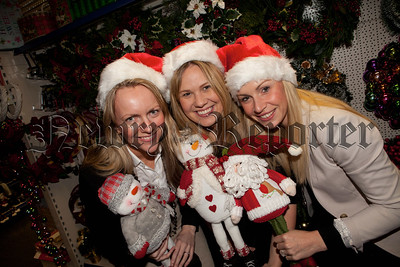 Orla Jackson, Gemma Murphy and Deborah Loughran are pictured at the launch of this years Chamber of Commerce Christmas lunch which will take place in the Canal Court hotel on Thursday December 4th. R1448016