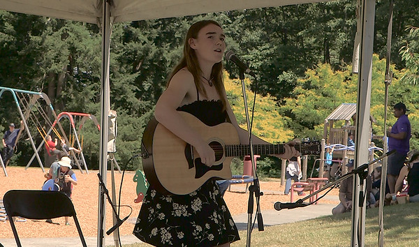 Kate Atwell (and friends) at the VARSA Youth Stage Ober Park Vashon Strawberry Festival Sunday 2016