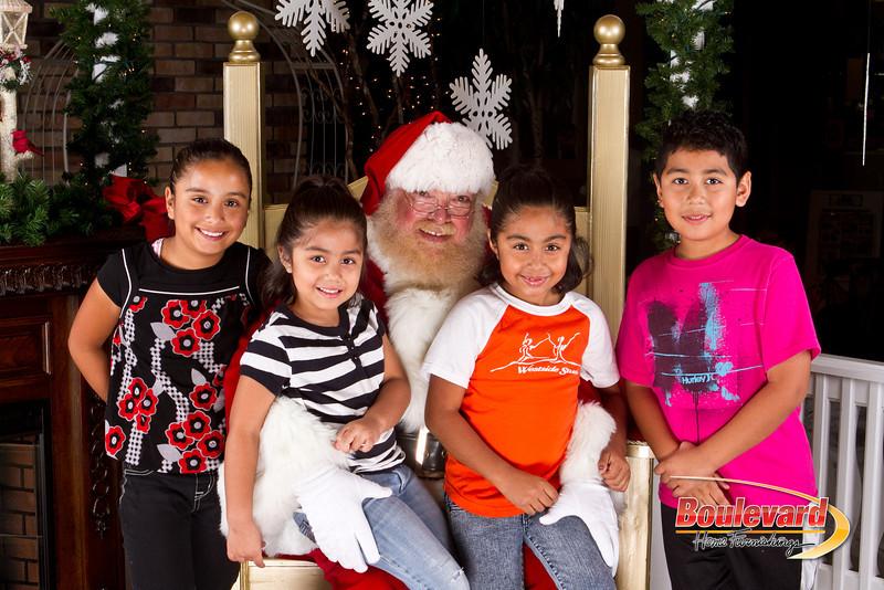 Santa Dec 8-111.jpg