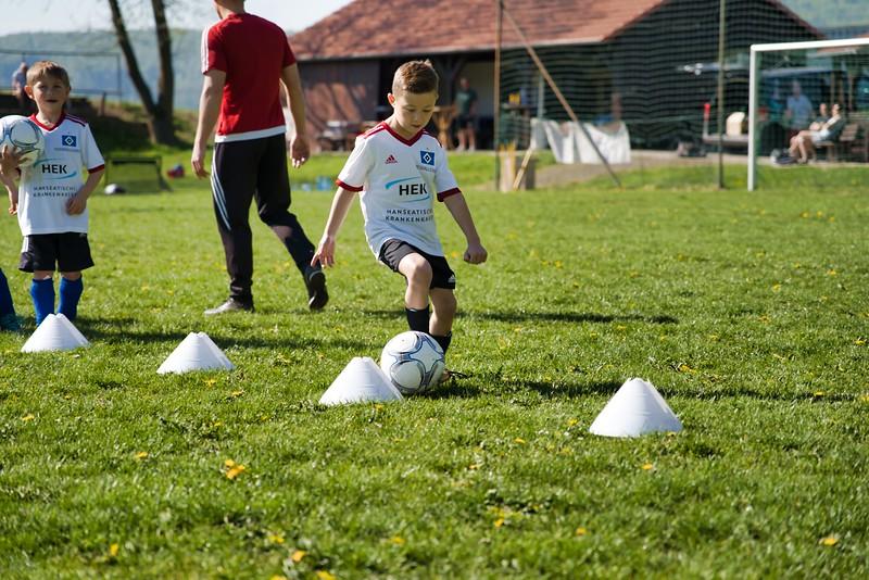 hsv-fussballschule---wochendendcamp-hannm-am-22-und-23042019-u12_32787654657_o.jpg
