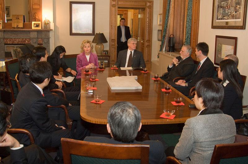 2007_china_delegation_statehouse_tour_lt_gov_0232.JPG