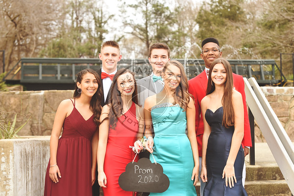 Clayton HS Prom Group 2020