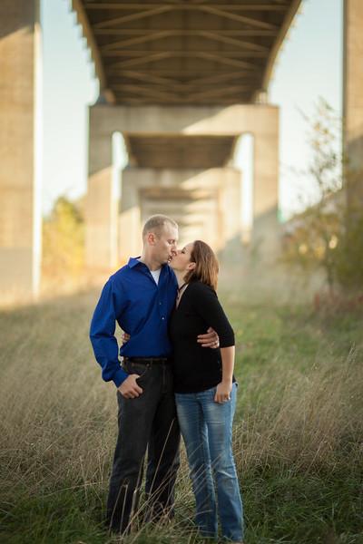 RLVest-Engagement-Session-Jefferson-City-MO-Wedding-Photographer-Missouri-River-10282012 (10 of 11).jpg