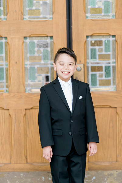 2019-divine-child-dearborn-michigan-first-communion-pictures-intrigue-photography-session-35.jpg