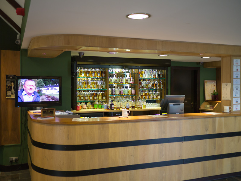 Tasting bar at Edradour Distillery