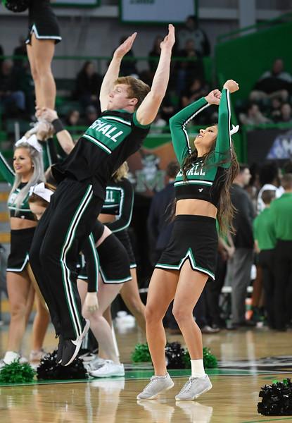 cheerleaders2298.jpg