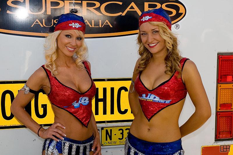The V8 Clipsal 500 Girls