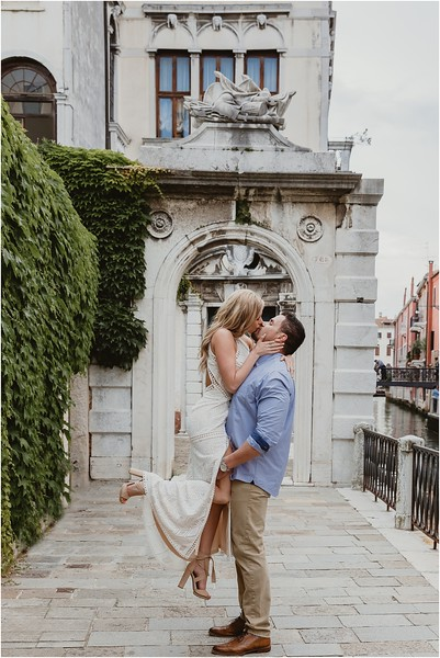 Fotografo Venezia - Elopement in Venice - Honeymoon in Venice - photographer in Venice - Venice honeymoon photographer - Venice photographer - Elopement Venice photographer - 12.jpg