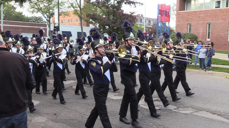 Marching Band - Homecoming - 11th Grade.mp4