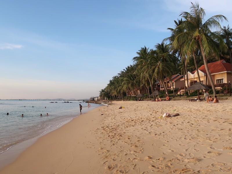 IMG_7502-north-end-of-long-beach.jpg