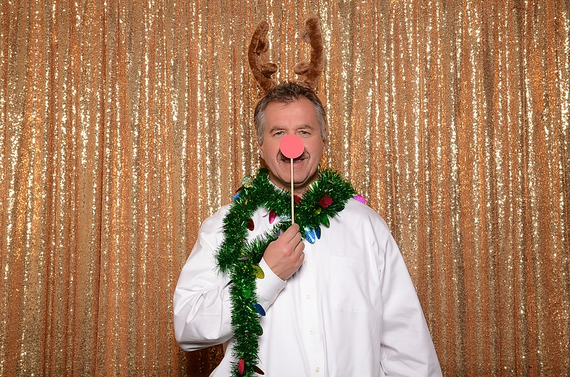 20161216_MOPOSO_Tacoma_Photobooth_MossAdamsHoliday16-174.jpg