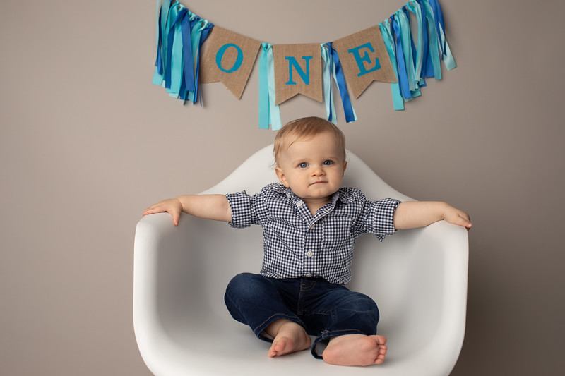 Asher is ONE-14.jpg