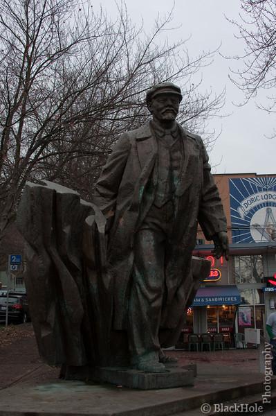 Statue of Lenin, Fremont Square