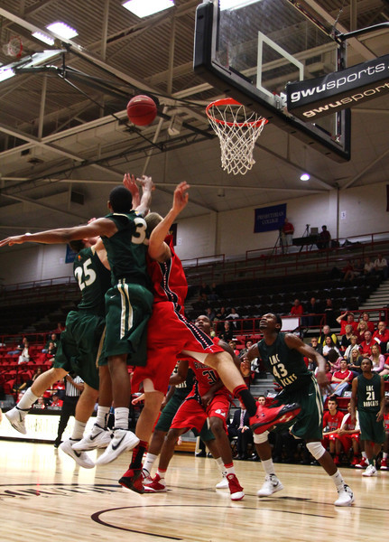 The Runnin Bulldogs opened up the season well with a win over Lees-McRae with a final score of 91-61.  Photo by Bryan Cooper