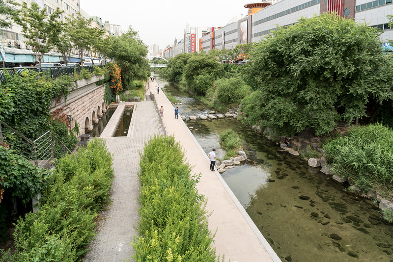 Cheonggyecheon Recreation Area, Seoul.