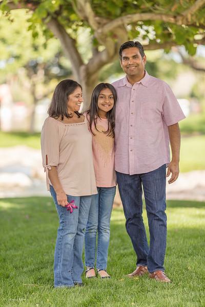 Urvi Family-148.jpg