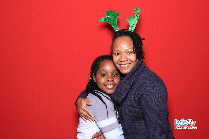 eastern-2018-holiday-party-sterling-virginia-photo-booth-0087.jpg