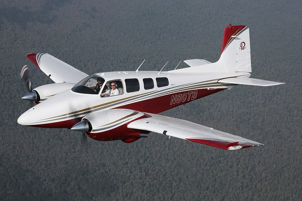 "1963 Beechcraft D50E ""Twin Bonanza"", Chesapeake, 29Mar20"