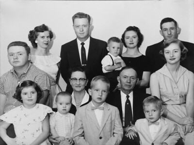 2018_Oscar and Family