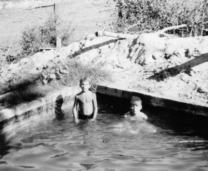 SwimmingInTankWithNancy1945.jpg