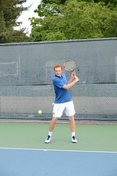 menlo-tennis-2013-boys 10.jpg