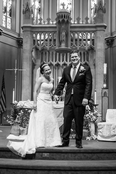 Jennie & EJ Wedding_00292-BW.jpg