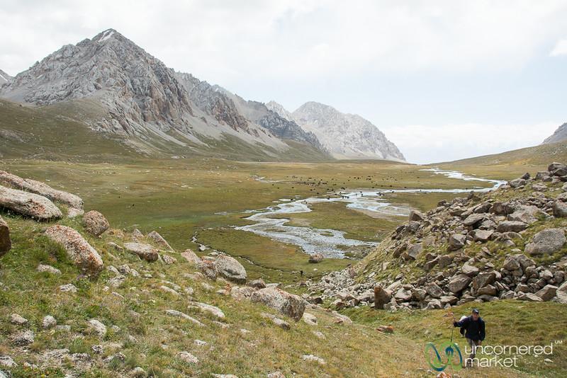 Climbing Up, Koshkol Lakes - Alay Mountains, Kyrgyzstan