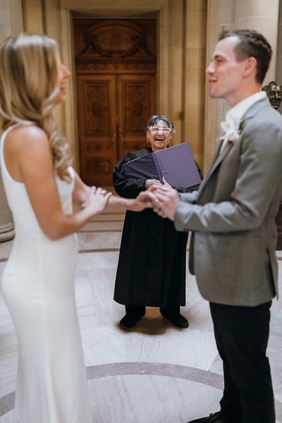 2018-10-04_ROEDER_EdMeredith_SFcityhall_Wedding_CARD1_0205.jpg