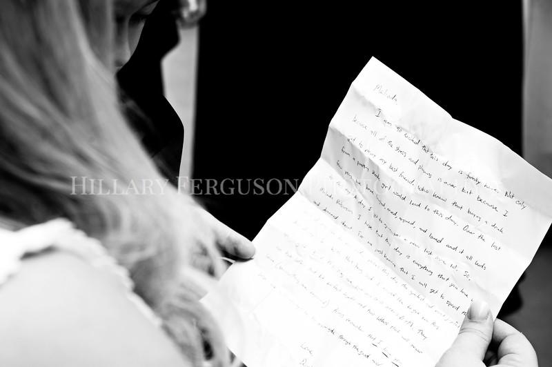 Hillary_Ferguson_Photography_Melinda+Derek_Getting_Ready238.jpg