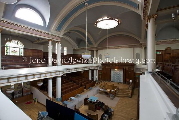 ENGLAND, London. Golders Green Synagogue (8.2016)
