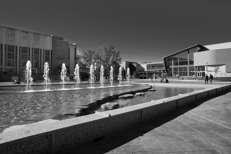 WMU fountain-15.jpg