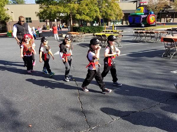 Halloween (incl school parade)