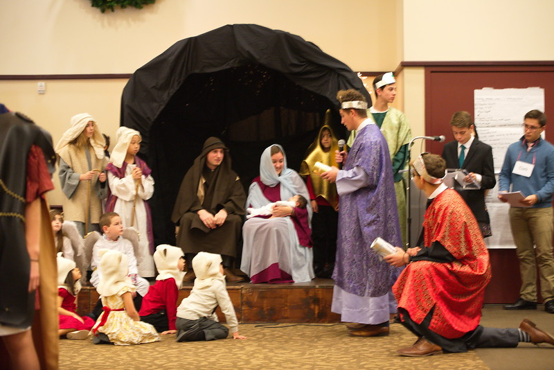 2017-12-17-Christmas-Pageant_040.jpg