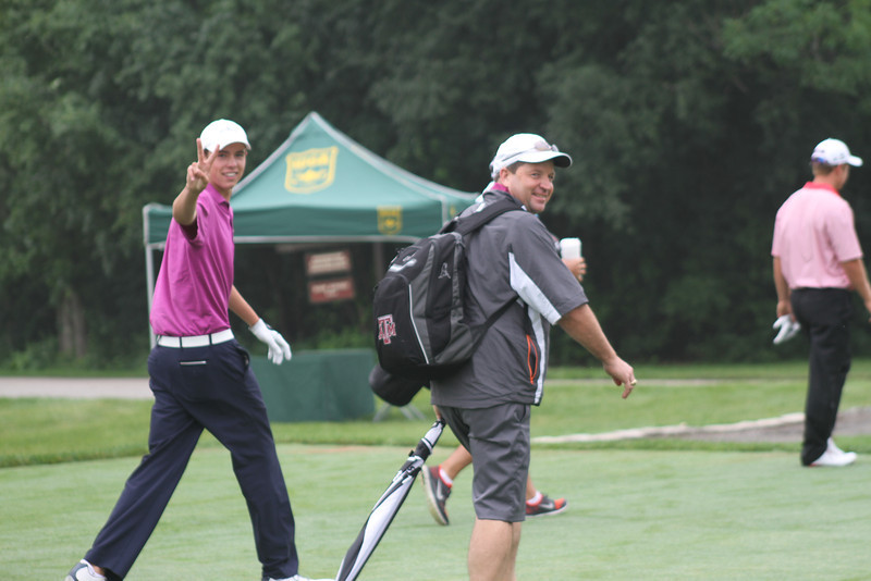 Peter Griffiths of Westlake Village, California is in a good mood after his tee shot on no. 10 during the third round of the 2014 Western Junior Championship.