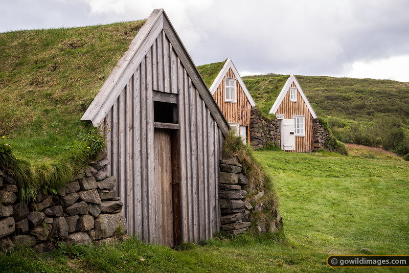 Old Sel farm with turf roofed houses, Skaftafell