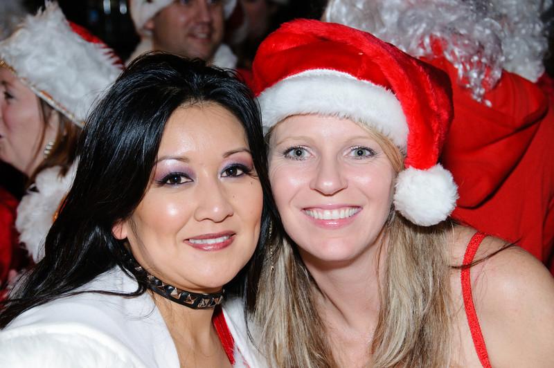 2009 ALS Santa Crawl-30.jpg