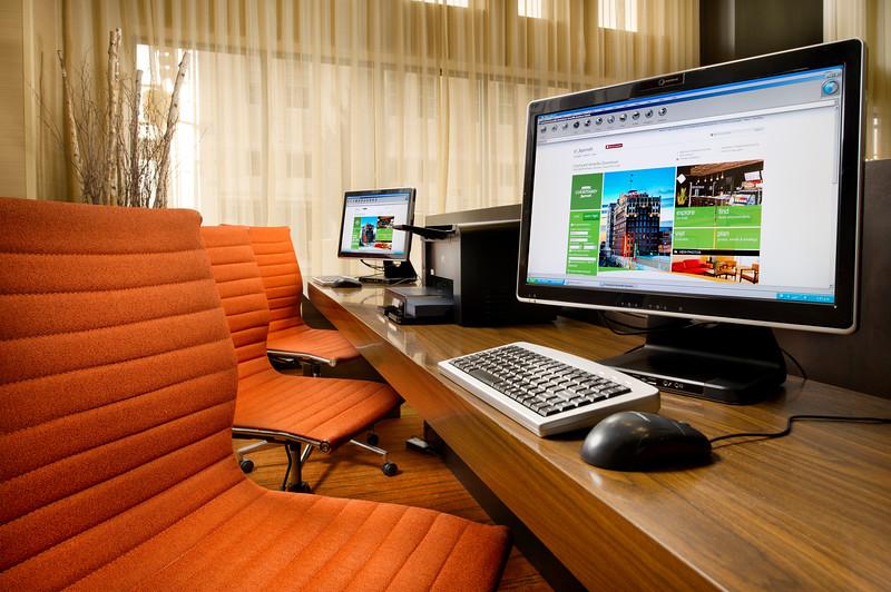 4-Business Center-CY Amarillo.jpg